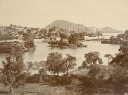 View of the palaces, city & lake, Udaipur